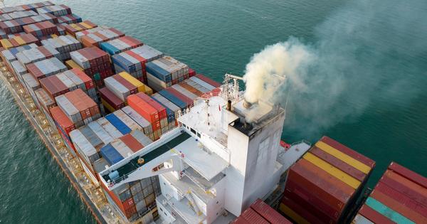 La Commission européenne tente de verdir l'aviation et le transport maritime