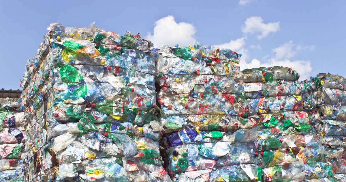 Plastique: la liste des emballages inutiles prend forme