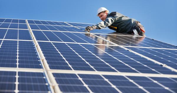 Révisions des contrats solaires: pourquoi le CSE a rejeté les projets de l'État