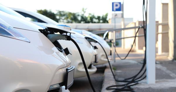 Selon Enedis et RTE, l'équipement du réseau autoroutier en bornes de recharge ne présente aucun défi majeur