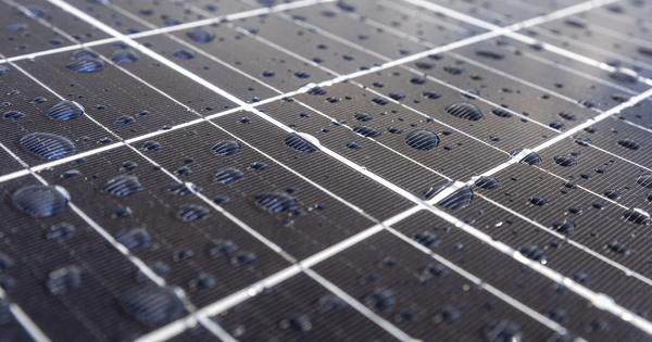 Photovoltaïque: des chercheurs suisses élaborent un moyen de rendre la pérovskite moins toxique