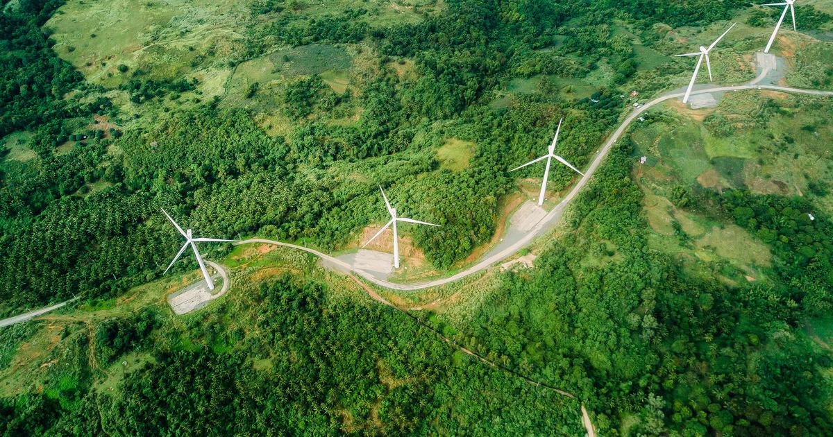 Barbara Pompili veut améliorer l'acceptabilité de l'éolien pour booster sa croissance