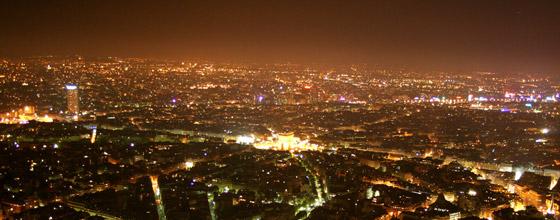 Eclairage public quelles solutions pour r duire la for Piscine eclairee la nuit